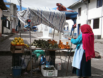 woman-fruit-stand